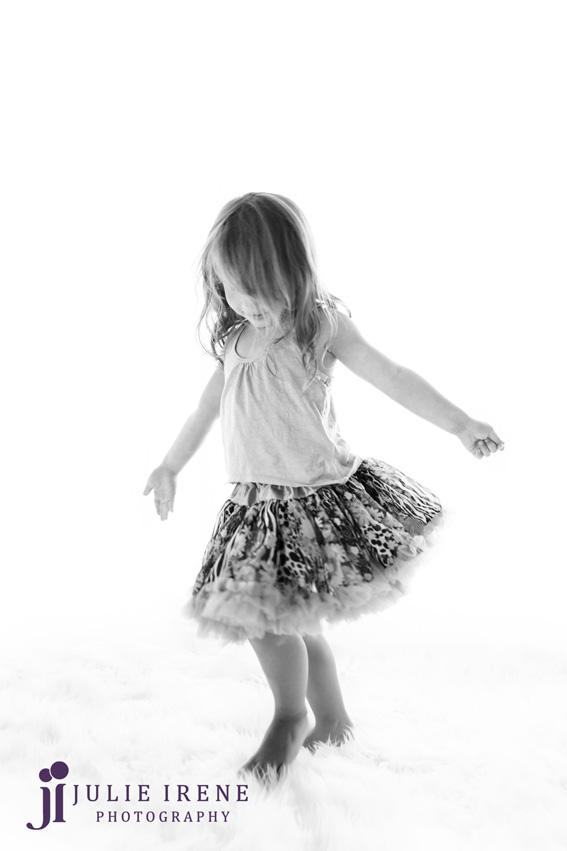 Dancing sister