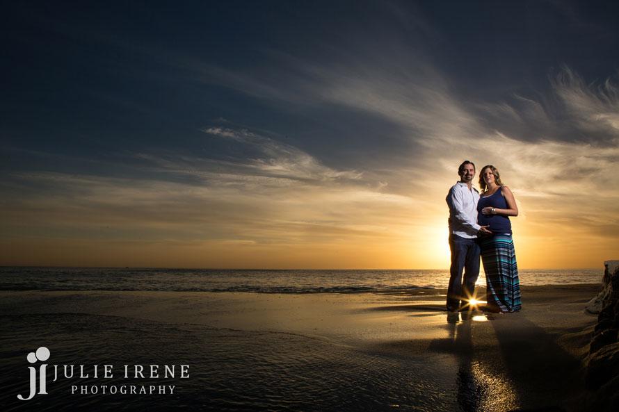 Laguna Beach maternity stroll photo